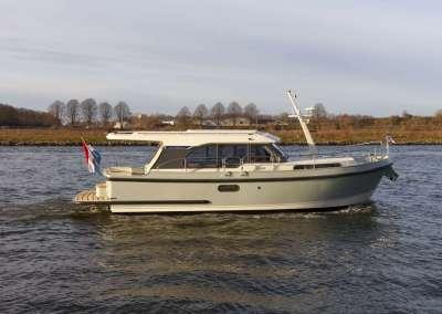 Linssen-30-sl-sedan_0032
