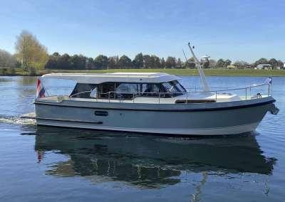 Linssen-35-SL-Sedan-Fjord-Blue-3666-010