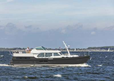 linssen-grand-sturdy-45-ac-intero-eggshell-white-grey-hull