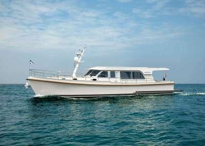 linssen-grand-sturdy-500_sedan_white