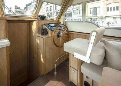 linssen_grand_sturdy_30_0_sedan (18)